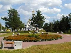 В Сургуте завершилось благоустройство сквера у Свято-Никольского православного храма