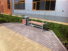 В Наро-Фоминске Московской области для благоустройства территории медицинского центра была применена уличная мебель ГК «Стимэкс».