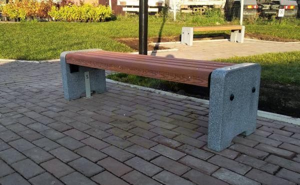 Скамья парковая C700 (С700) с бетонными боковинами