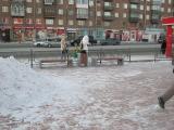 Установка уличной мебели у детского кинотеатра «Мечта» в Красноярске