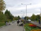 В сквере Космонавтов установлены комплекты уличной мебели производства ГК «Стимэкс» (г. Красноярск)