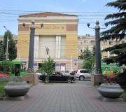 Установка вазонов на проспекте Мира в Красноярске